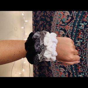 velvet scrunchie pack | greyscale